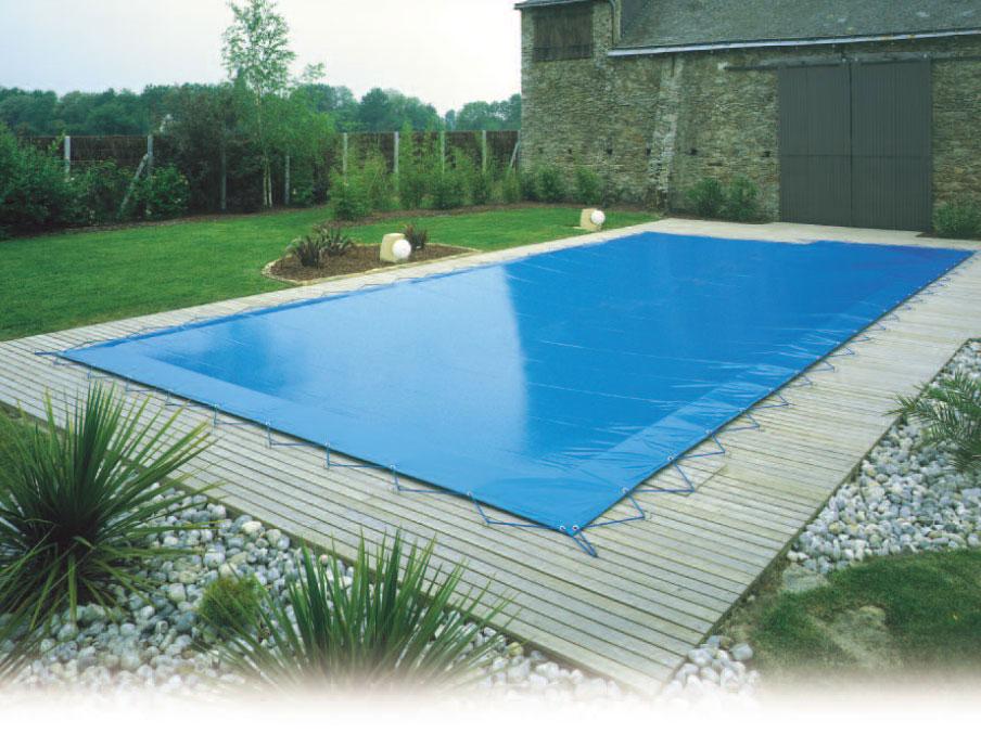 entretenez votre piscine pendant l hiver promaids service d entretien m nager et femme de. Black Bedroom Furniture Sets. Home Design Ideas